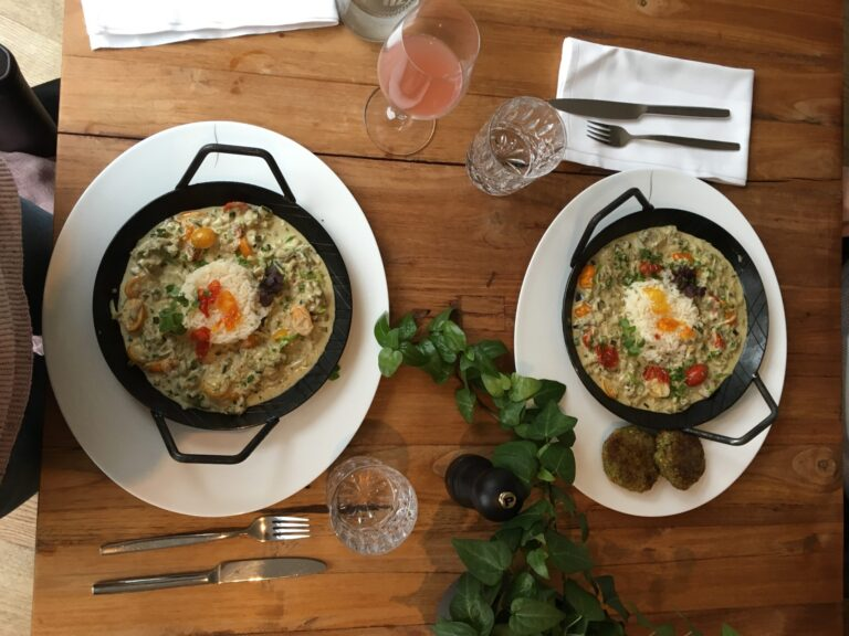 Veganes Auberinen-Curry