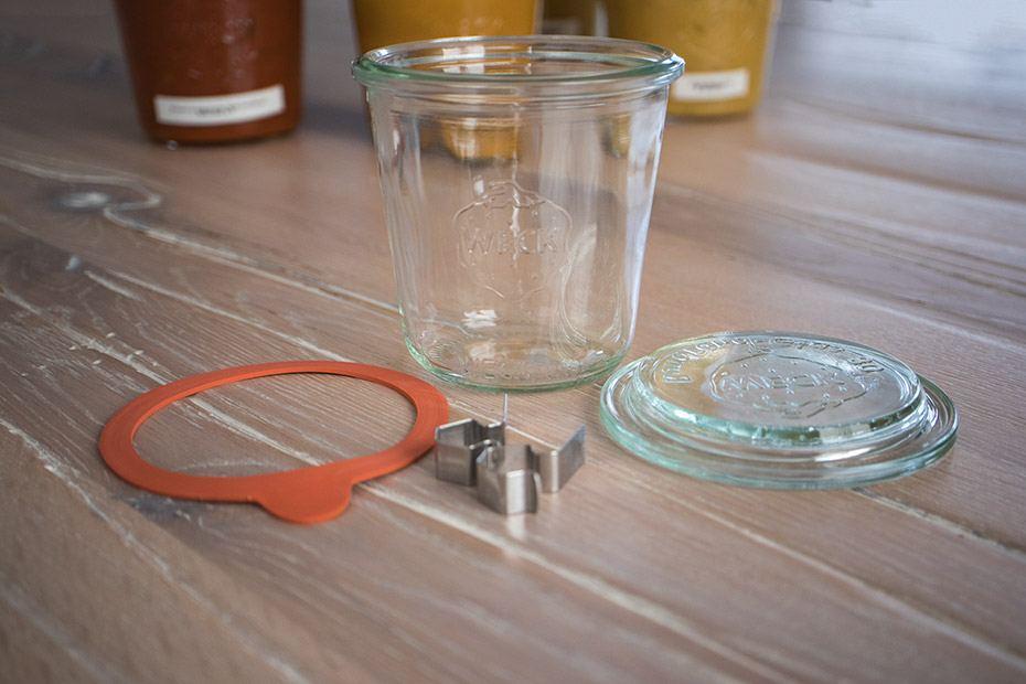 Weckglas zum Einkochen mit Zubehör
