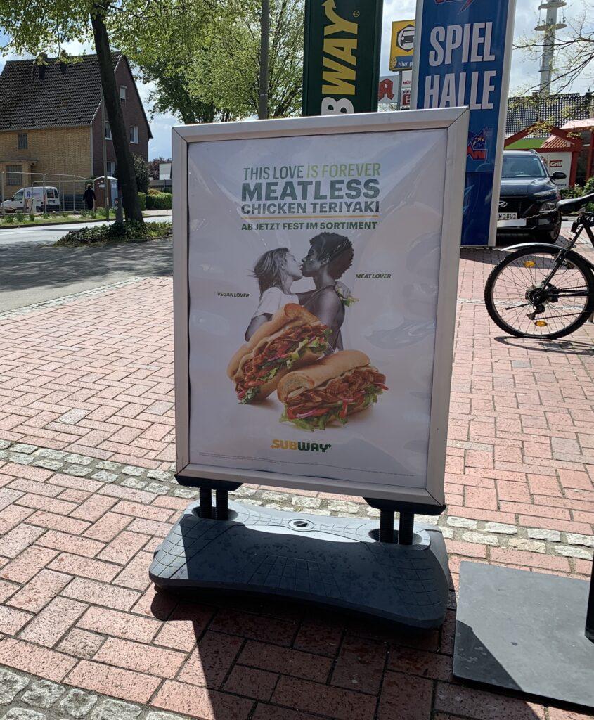 Subway vegan - Plakat für das Meatless Chicken Teriyaki